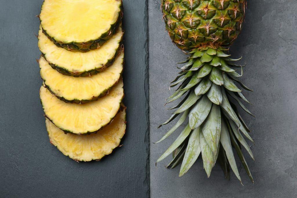 enzým z ananásu- bromelain